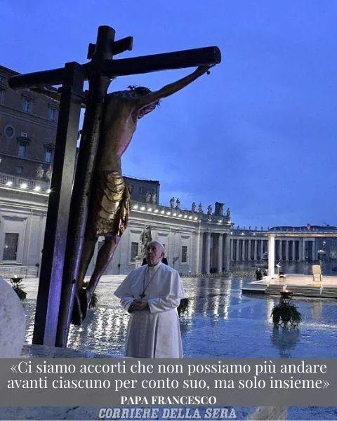 Un anno fa un piazza San Pietro…