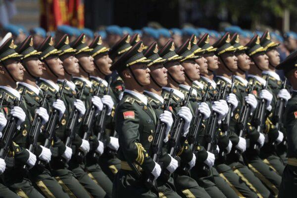 Il futuro fra minacce di guerra e speranze di pace. Tutta la crescita economica della Cina finirà negli armamenti